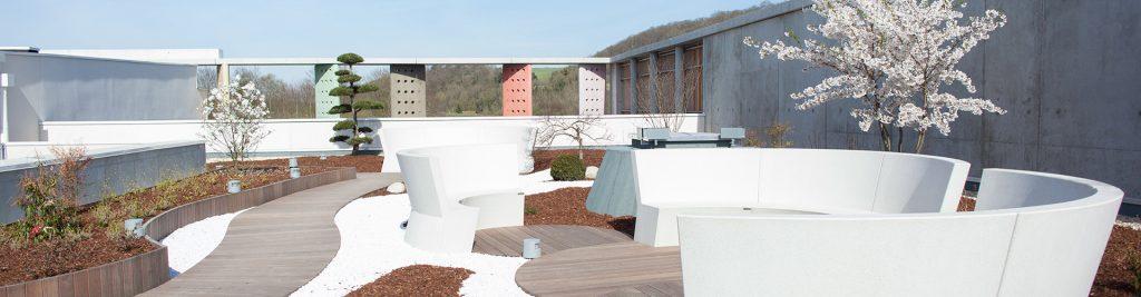Des espaces zen à l'intérieur et à l'extérieur du complexe aquatique Caséo