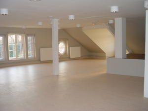 Le Moulin à Louviers : 3 plateaux. Le deuxième étage est réservé à la danse.