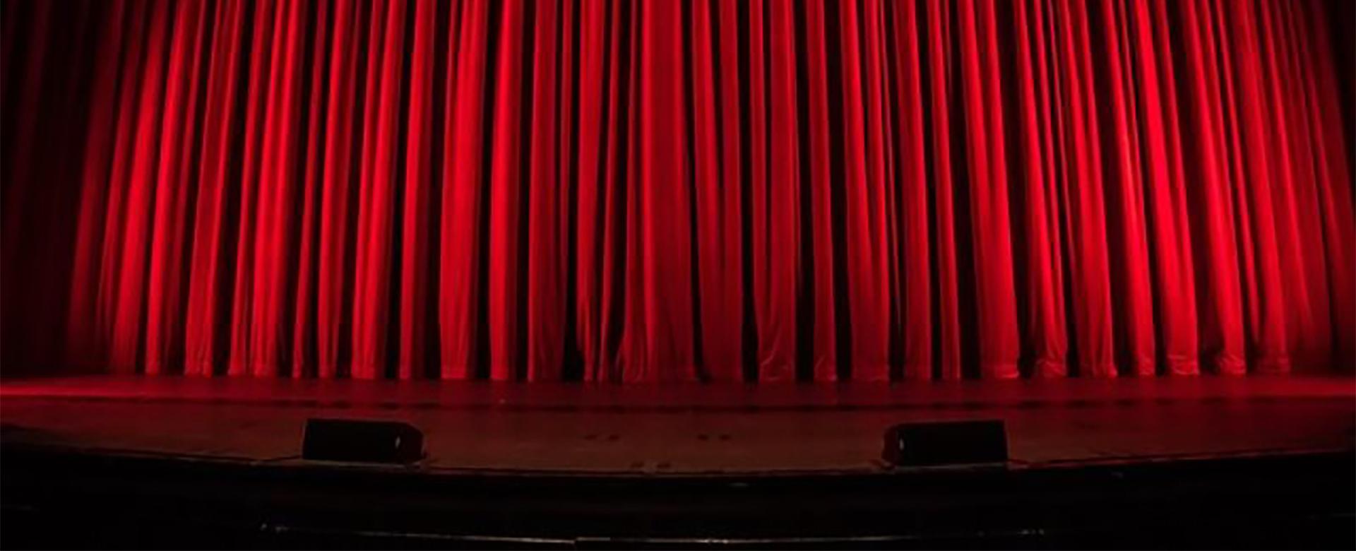 Au théâtre ce soi, à l'Arsenal, Val-de-Reuil