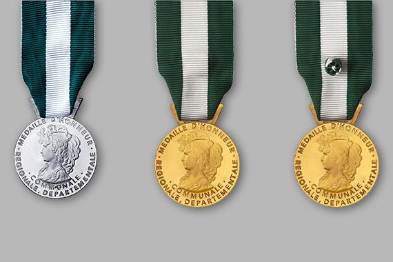 médailles d'honneur régionales, départementales et communales