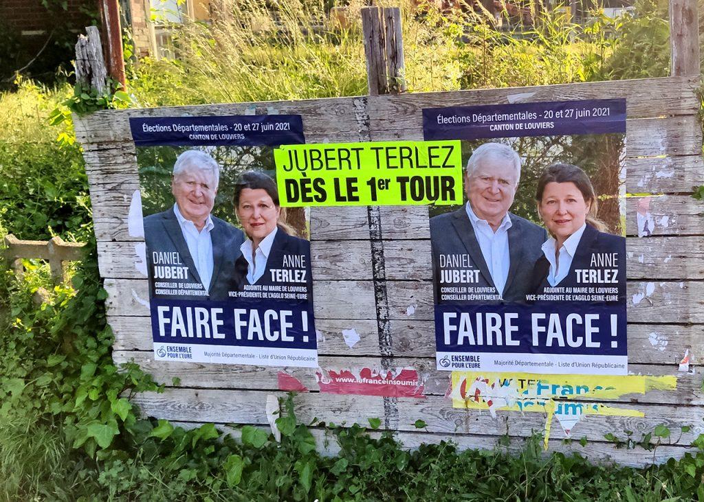 affichage gare à Saint-Pierre